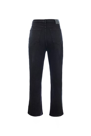Siyah Straight Fit Essential Jean